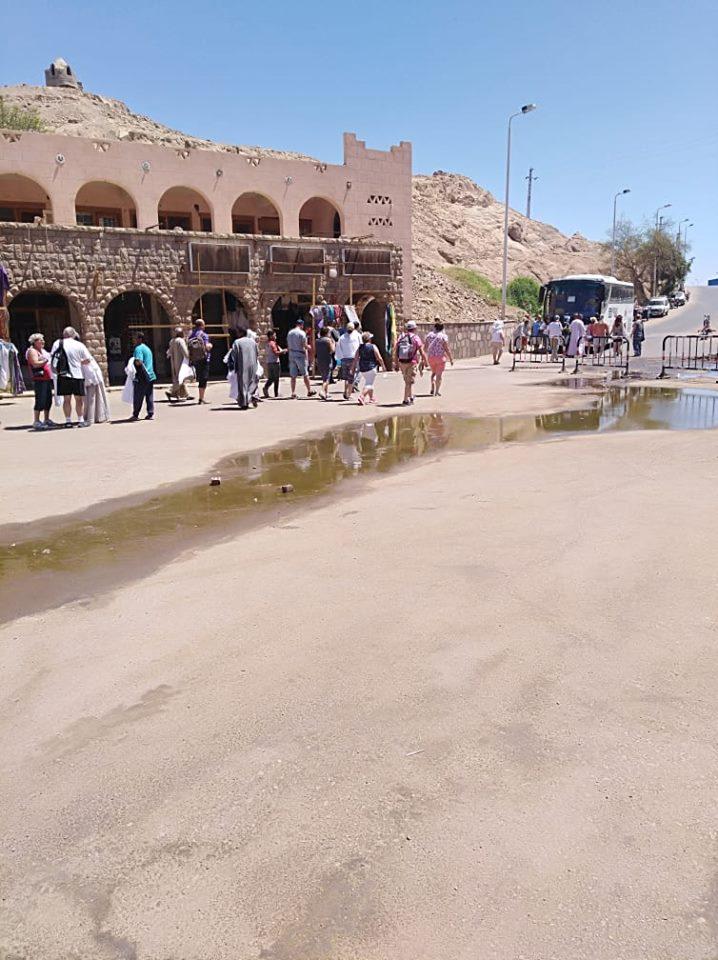 مياه الصرف فى معبد فيلة (3)