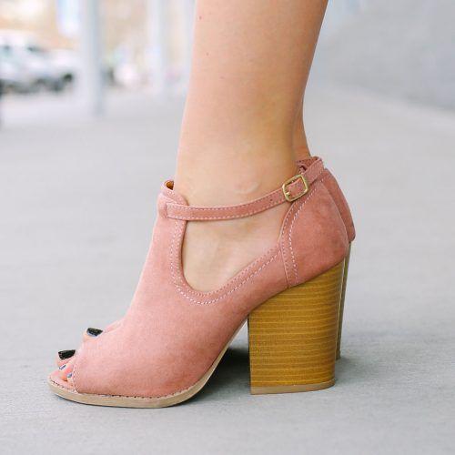 احذية1