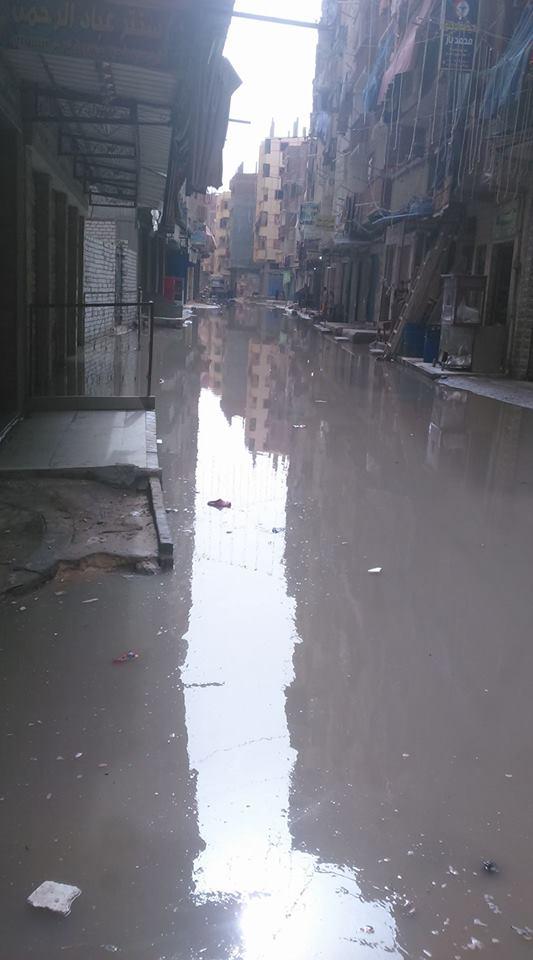 مياه الصرف الصحى تغرق أرض دويدار فى الإسكندرية