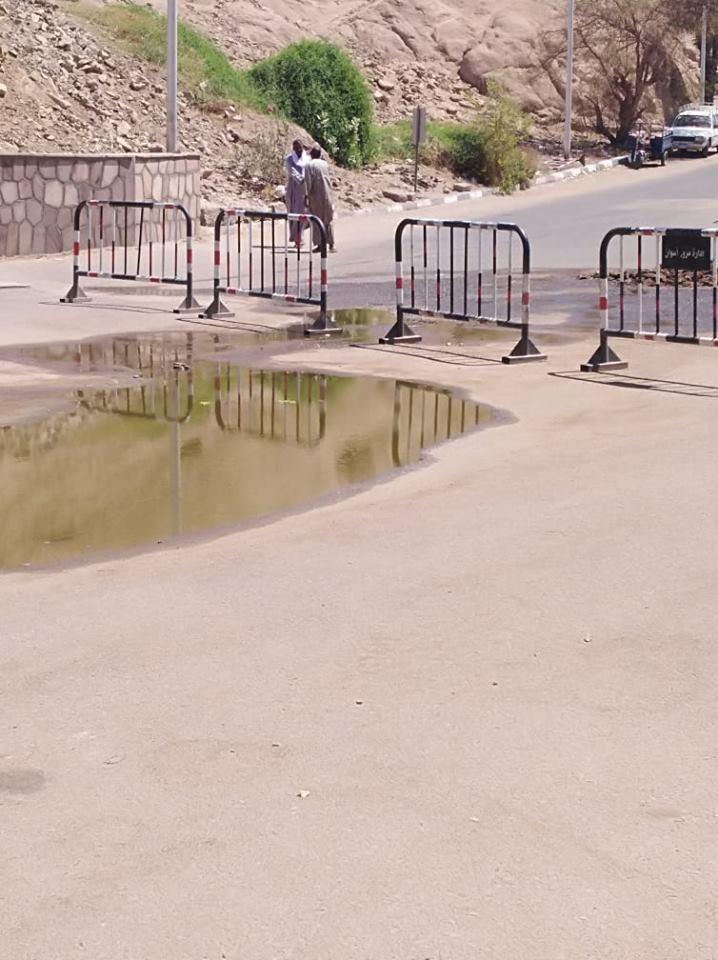 مياه الصرف فى معبد فيلة (4)