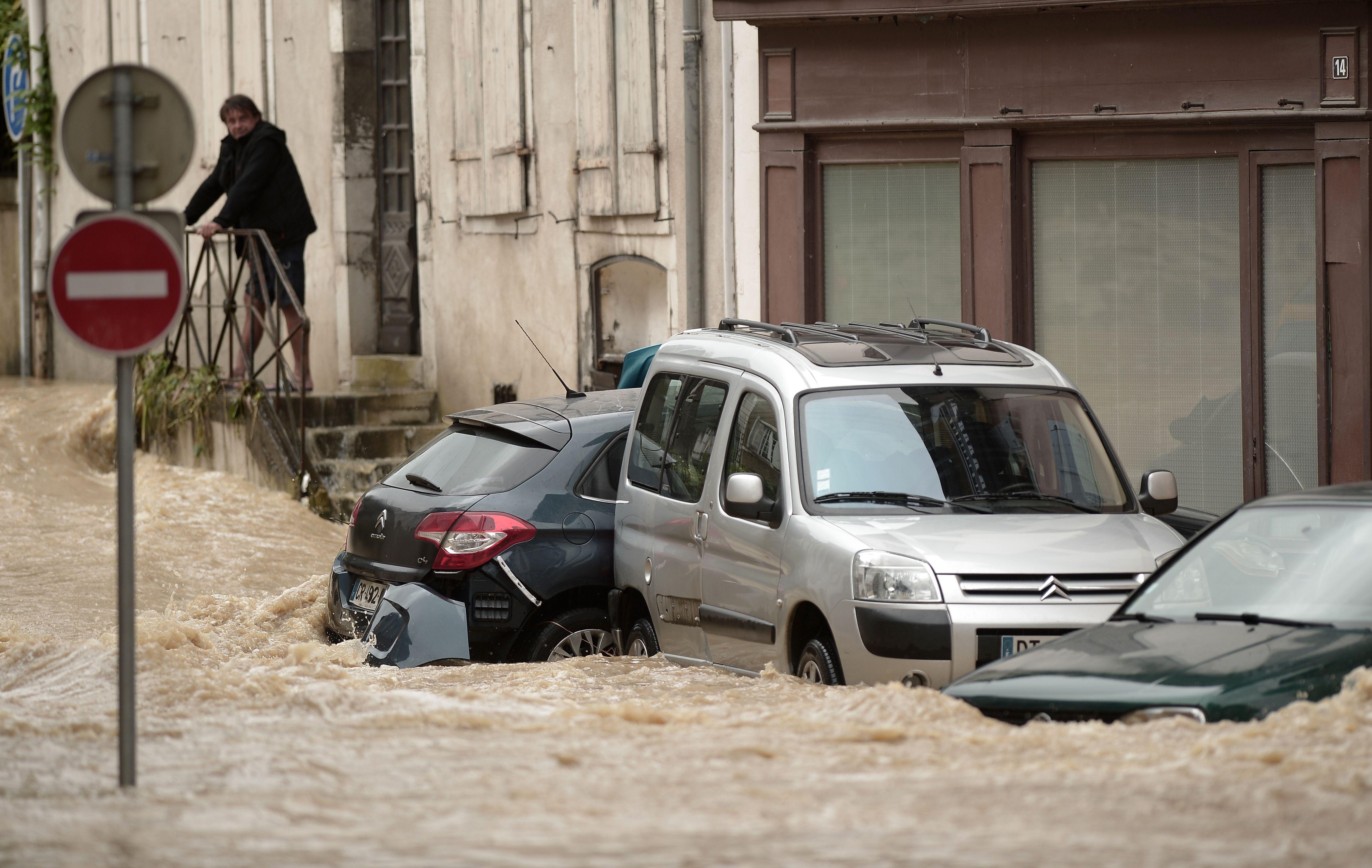 أمطار غزيرة فى فرنسا