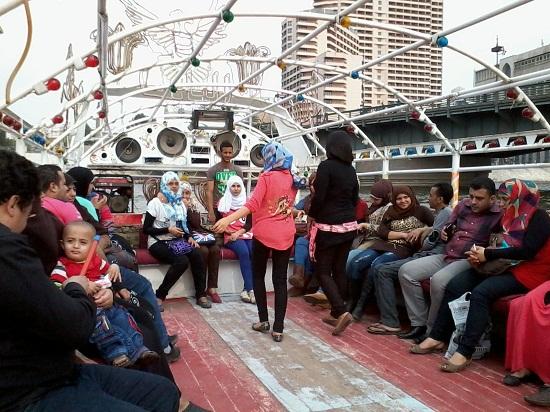 رقص بالمراكب النيلية