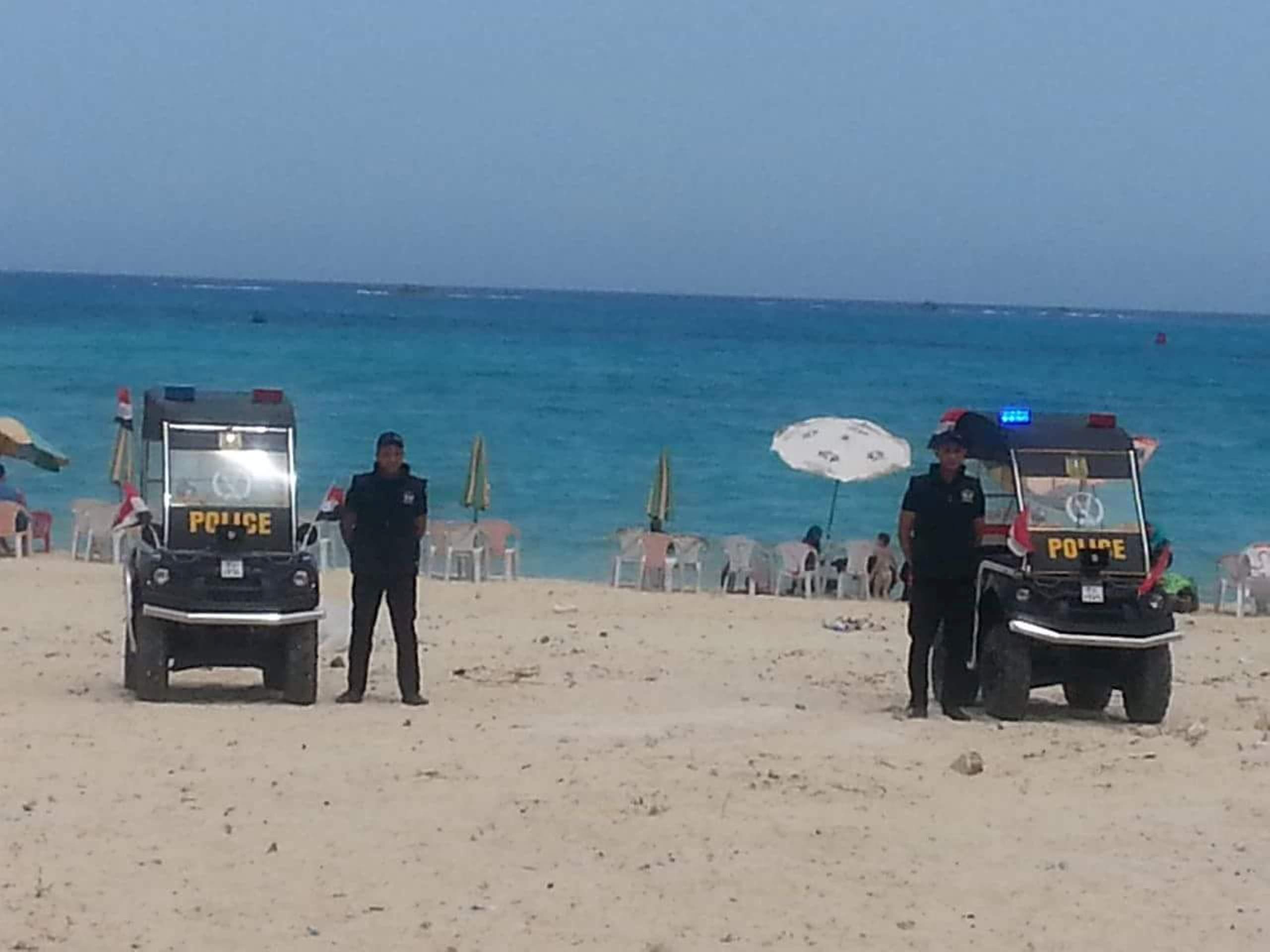 خطط امنية ودوريات للشرطة بالشواطئ والمتنزهات بمطروح