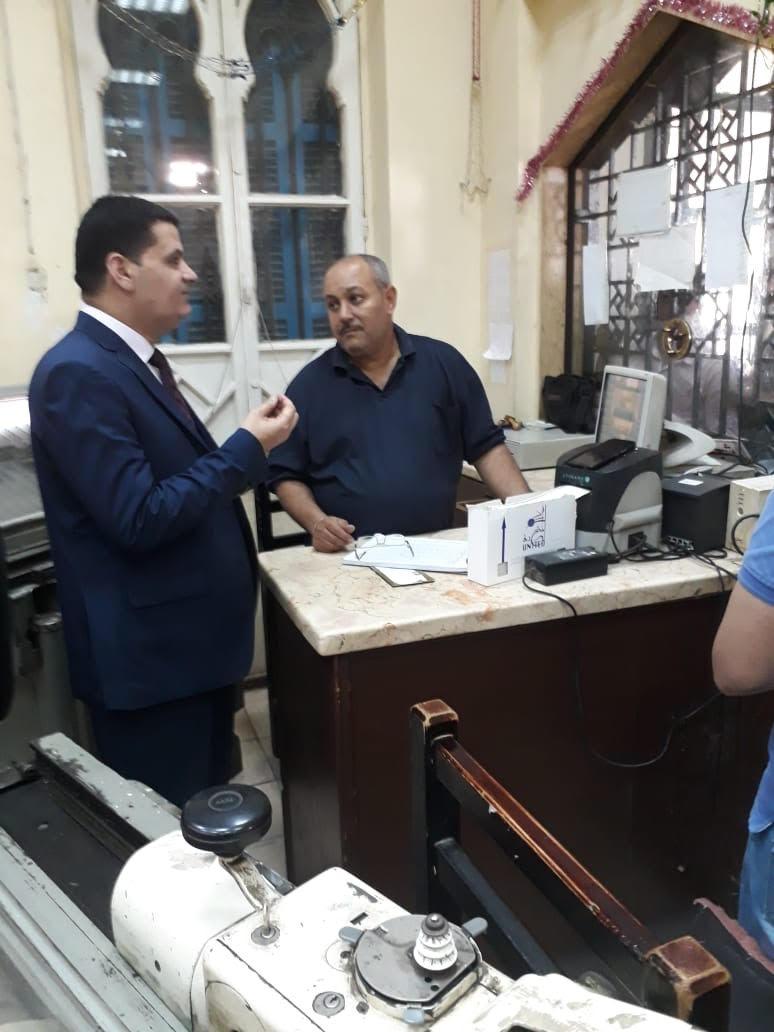 رئيس جهاز حماية المستهلك يطمئن على توافر  تذاكر القطارات (5)