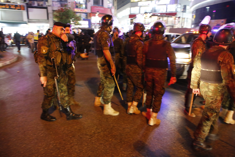 الشرطة الفلسطينية تستخدم القوة لتفريق مظاهرات فى رام الله