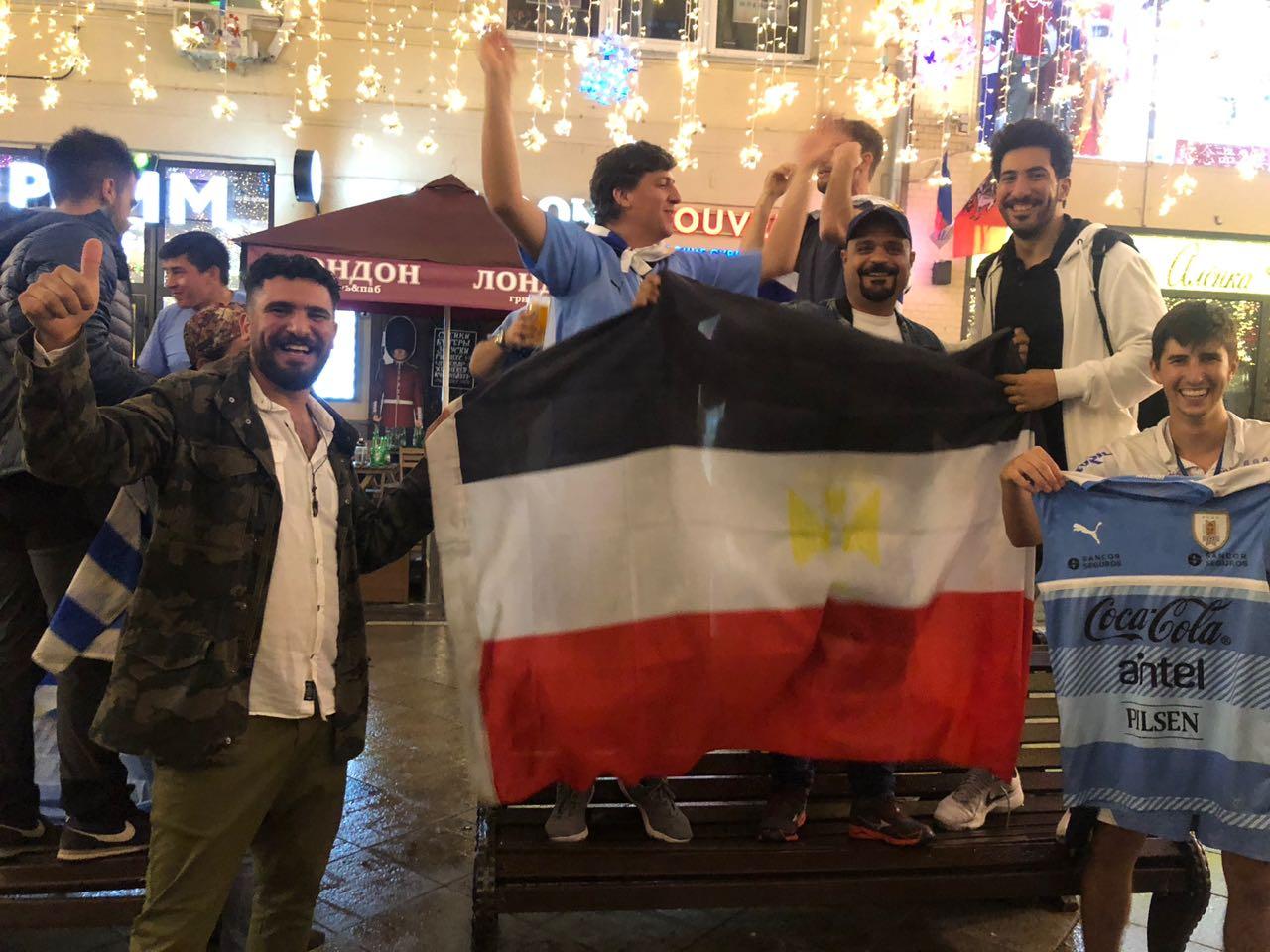 جانب من احتفالات المصريين فى ورسيا قبل انطلاق المونديال