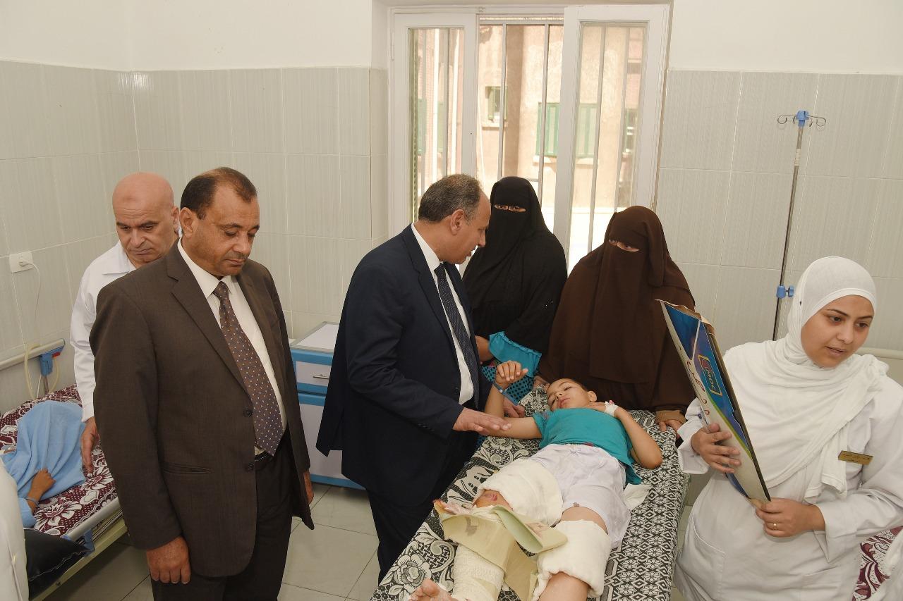 محافظ الإسكندرية يزور مستشفى طلبة سبورتنج (10)