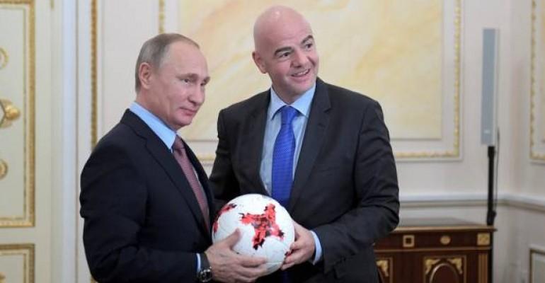 بوتين ورئيس الفيفا