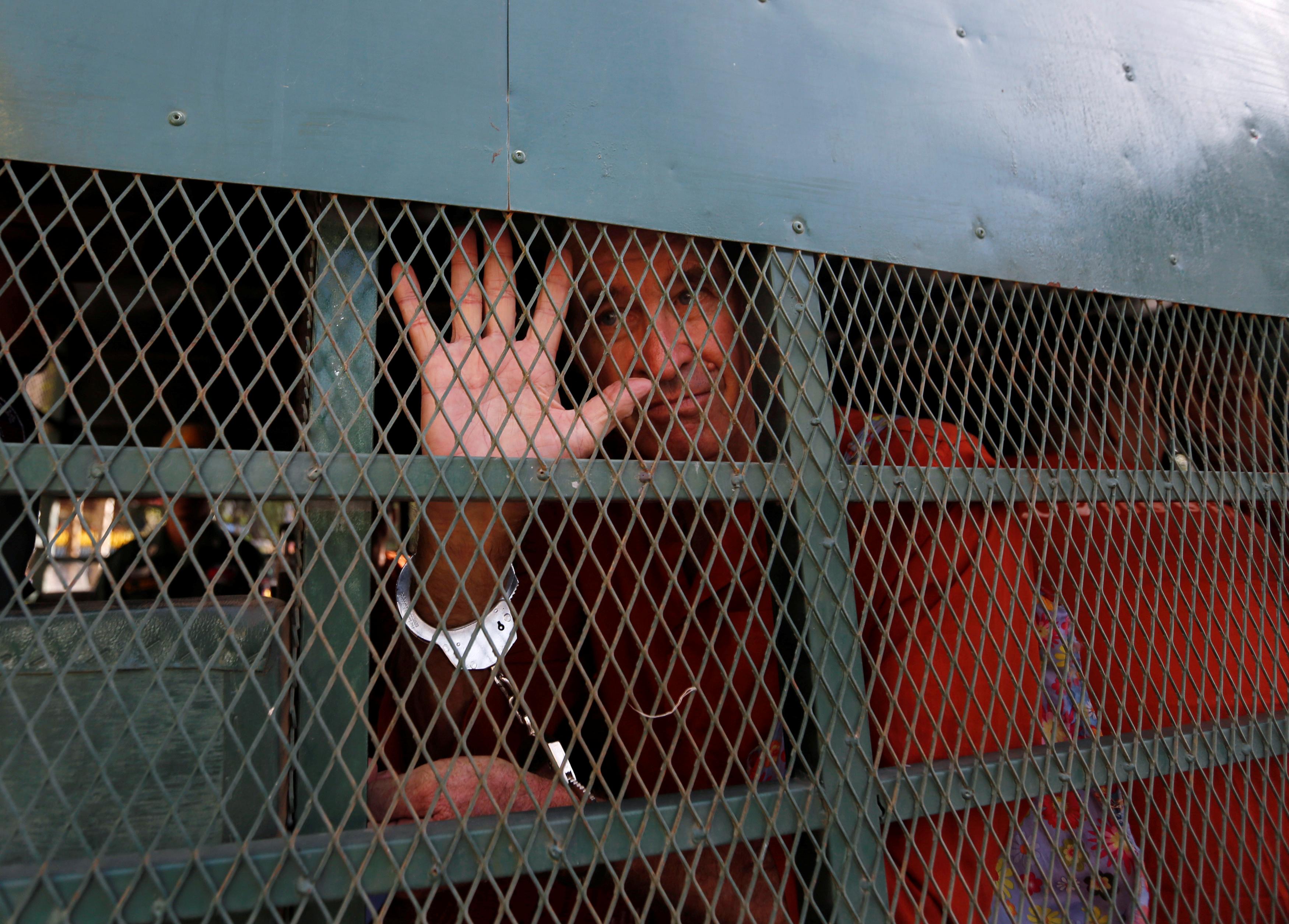 محاكمة مخرج استرالى فى كمبوديا