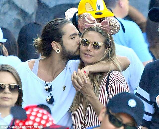 هيدي كلوم في Disneyland مع صديقها توم كاليتز (9)