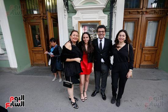 عمرو عرفة وعائلته