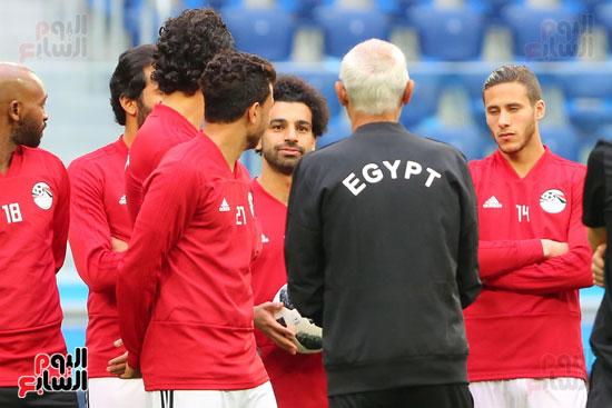 تدريبات منتخب مصر كاس العالم (10)