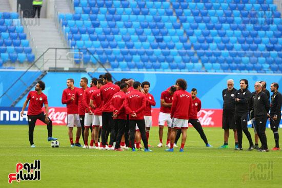 تدريبات منتخب مصر كاس العالم (19)