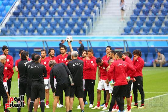 تدريبات منتخب مصر كاس العالم (16)