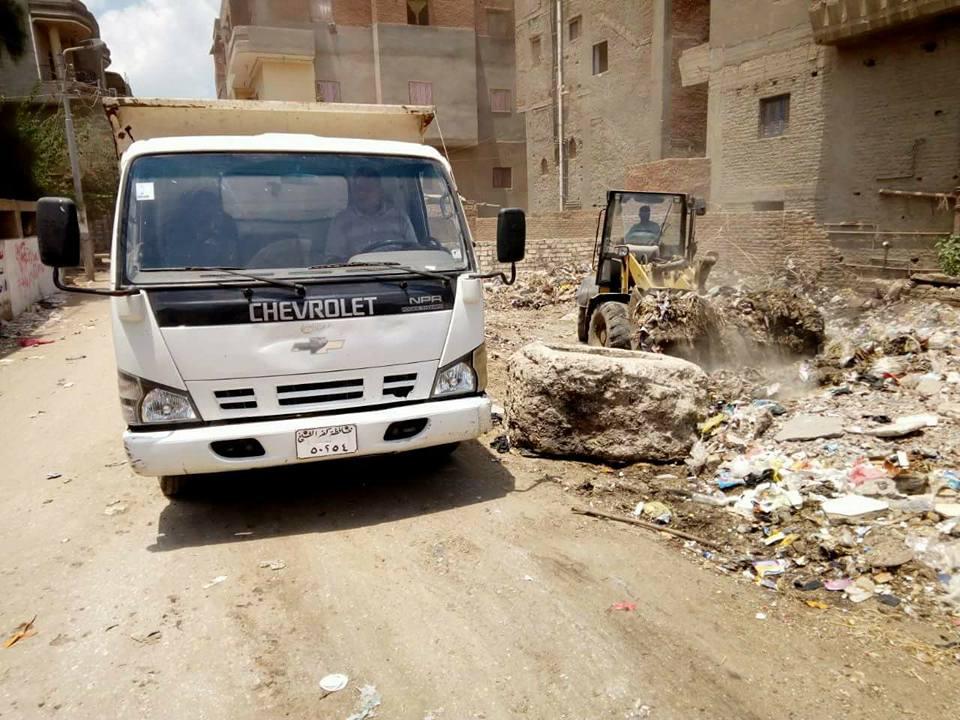 جانب من حملة نظافة بمدينة الحامول ورفع الاتربة