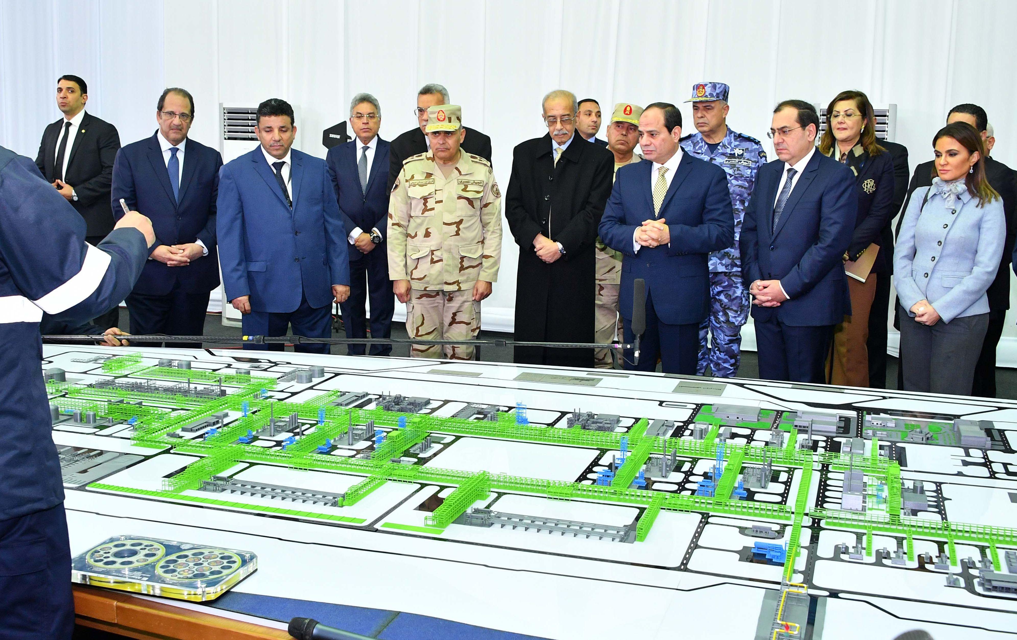 الرئيس السيسي فى افتتاح حقل غاز ظهر فى بورسعيد 31-1-2018 (1)