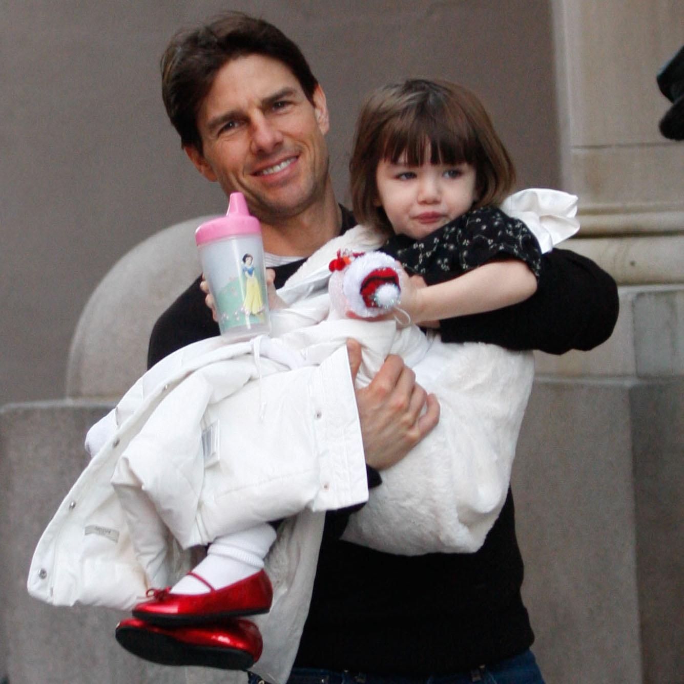 صورة قديمة لتوم و ابنته