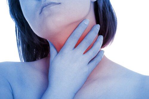 طب بديل لعلاج بحة الصوت