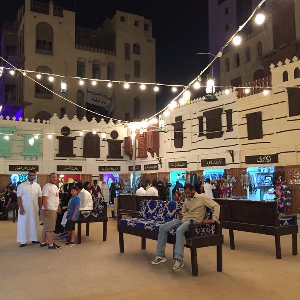 مهرجان حكايا مسك في رمضان بالمنطقة التاريخية في مدينة جدة مجلة هي