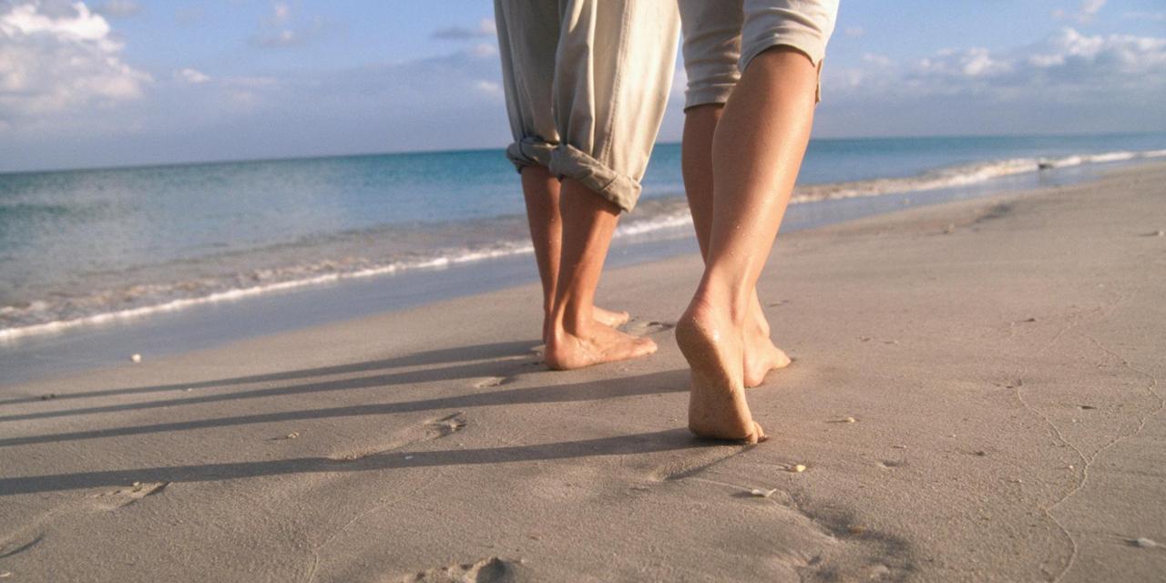 الرمال والبحر