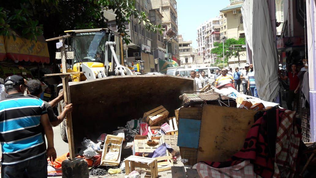 حملة لإزالة إشغالات شارع الثلاثينى (1)