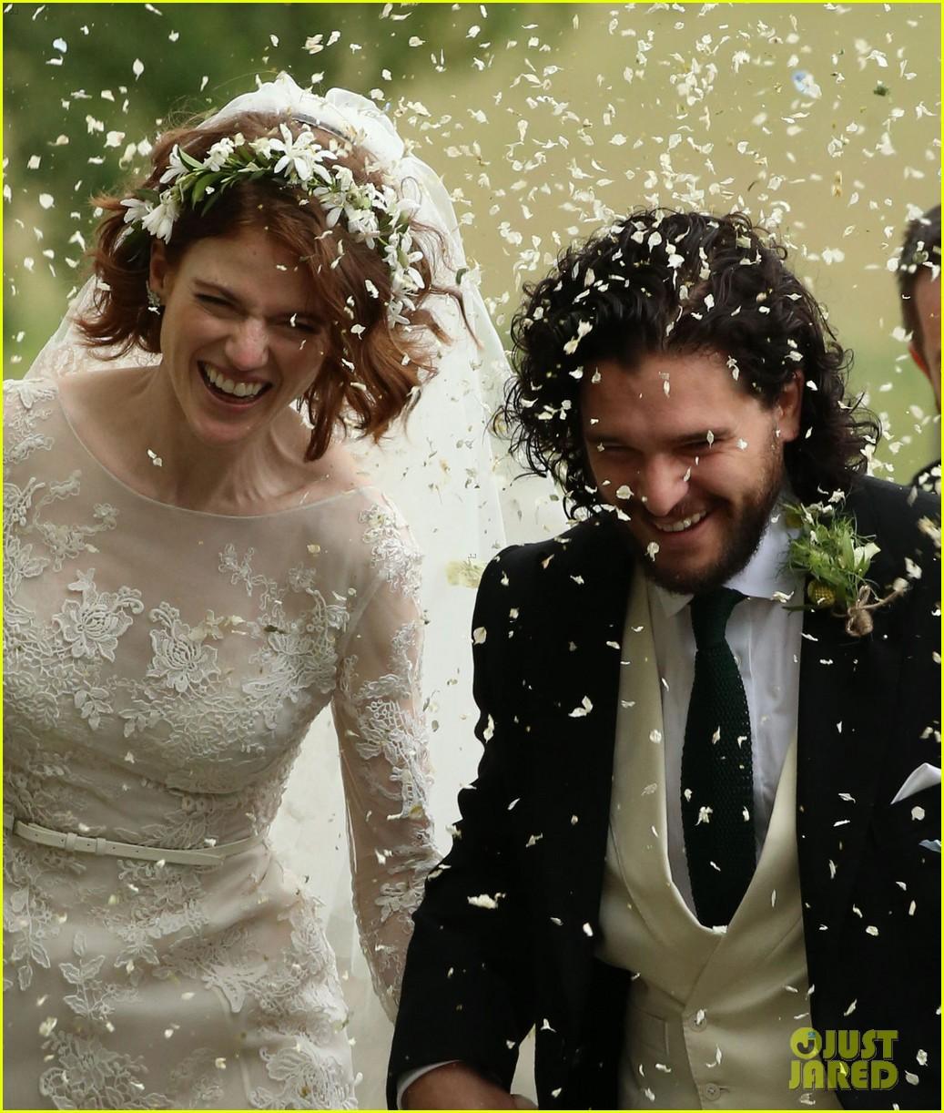 الثانى من حفل الزفاف