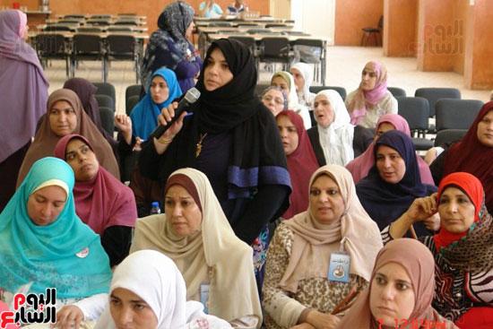 الأوقاف تطلق مشروع مربيات الأطفال (20)