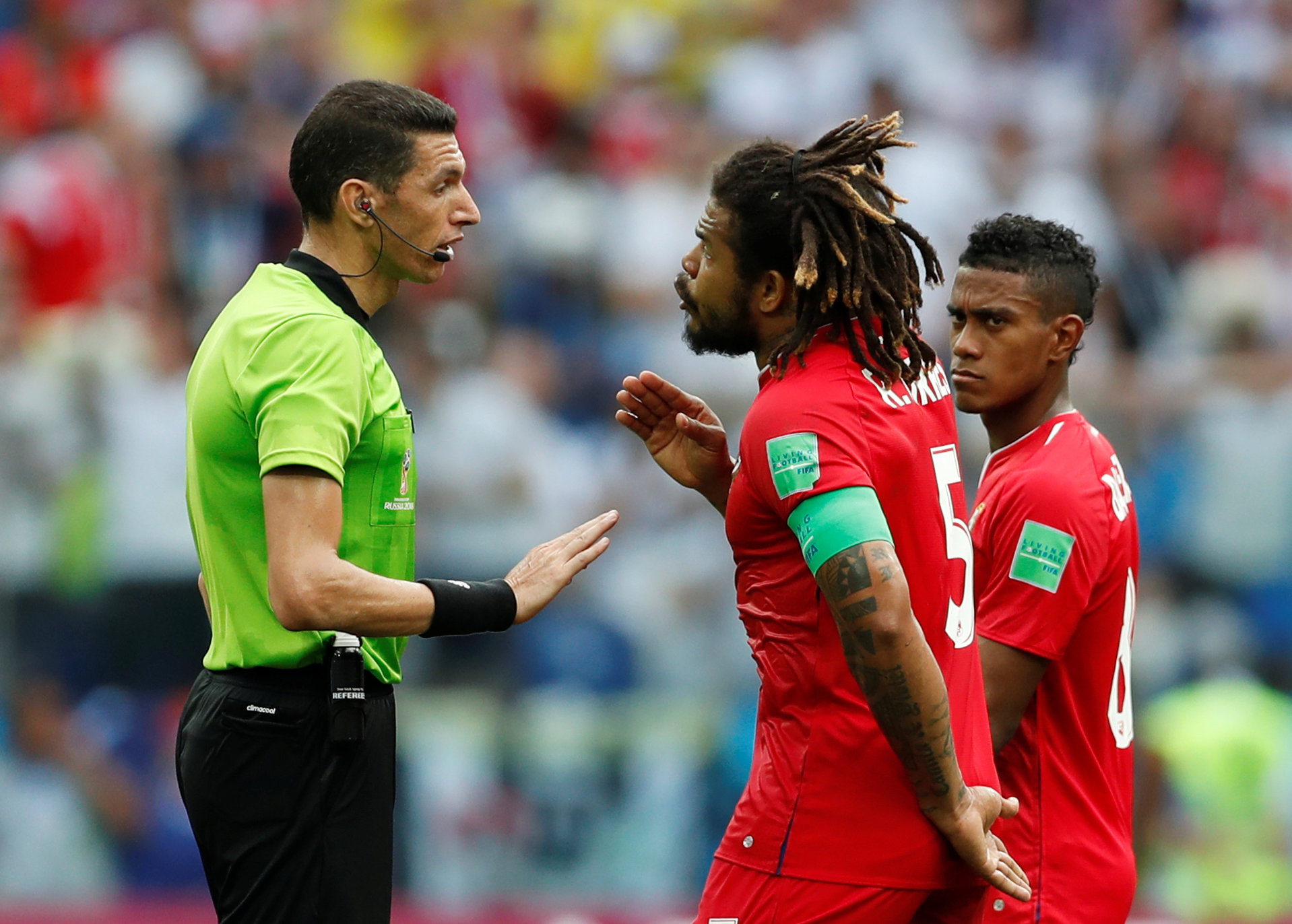 جهاد جريشة يهدأ لاعب منتخب بنما