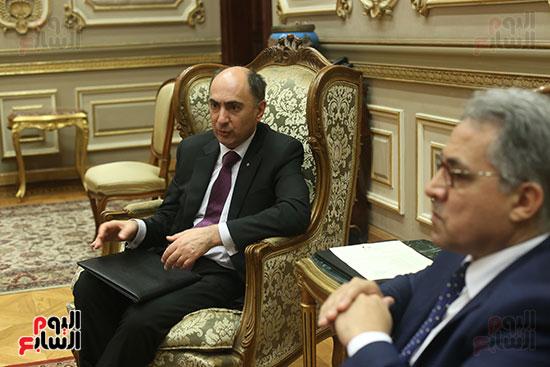 صور أحمد السجينى يستقبل سفير أوكرانيا بمقر مجلس النواب (5)