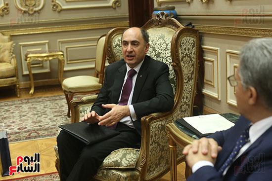 صور أحمد السجينى يستقبل سفير أوكرانيا بمقر مجلس النواب (4)
