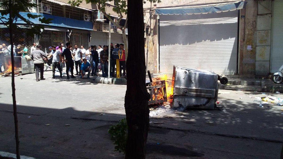 صدامات مع الشرطى فى شارع لاله زار