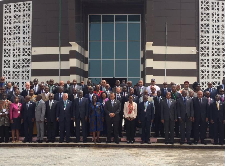 صورة تذكارية لوزراء الخارجية فى الاتحاد الإفريقى بنوكاشوط