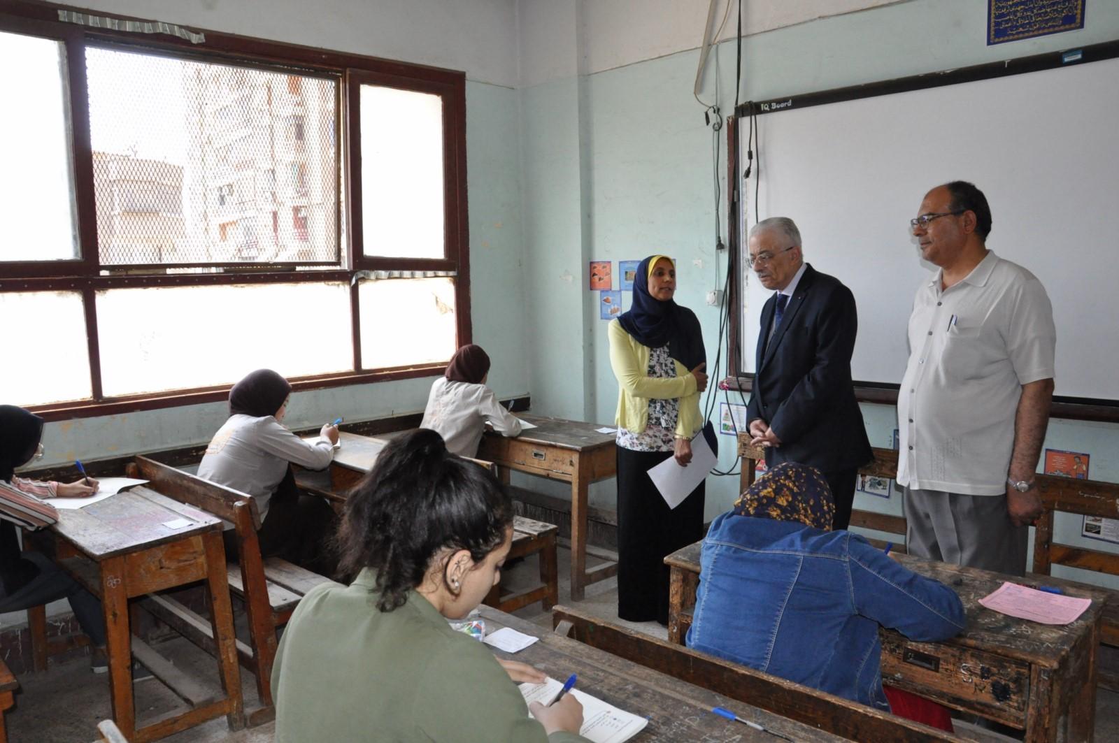 جولة وزير التربية والتعليم (3)