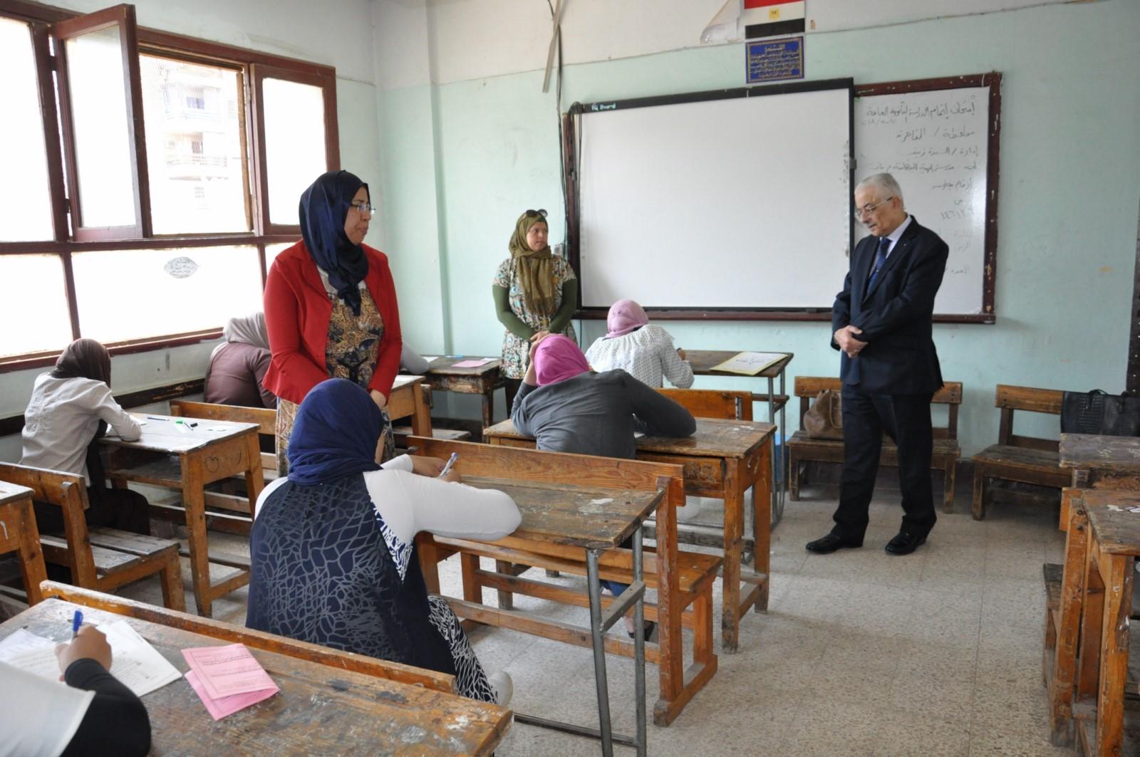جولة وزير التربية والتعليم (6)