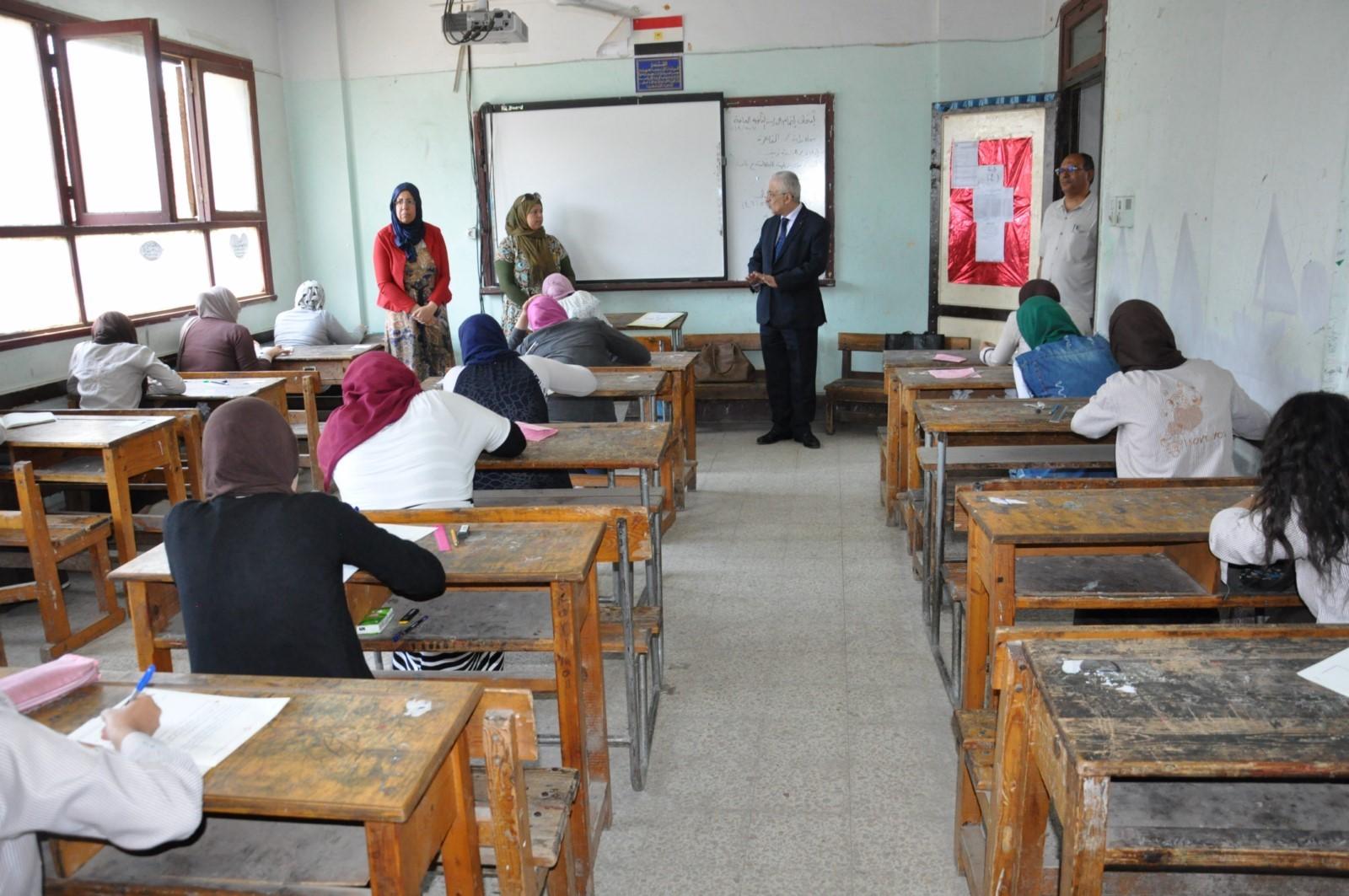 جولة وزير التربية والتعليم (7)