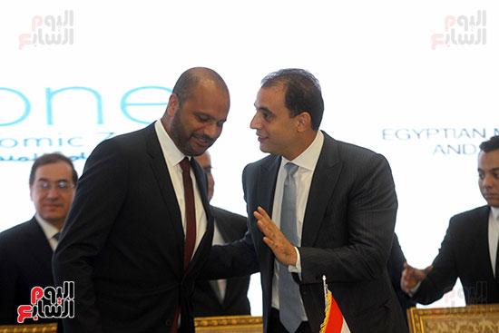 توقيع عقد أكبر مجمع للبتروكيماويات فى الشرق الأوسط (26)