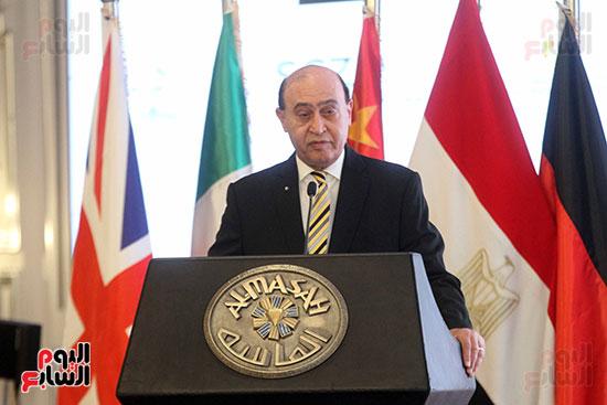 توقيع عقد أكبر مجمع للبتروكيماويات فى الشرق الأوسط (13)