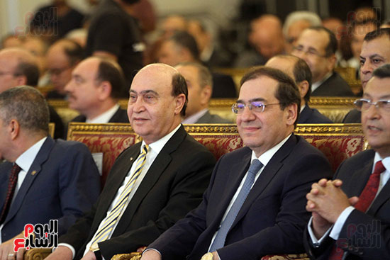 توقيع عقد أكبر مجمع للبتروكيماويات فى الشرق الأوسط (5)