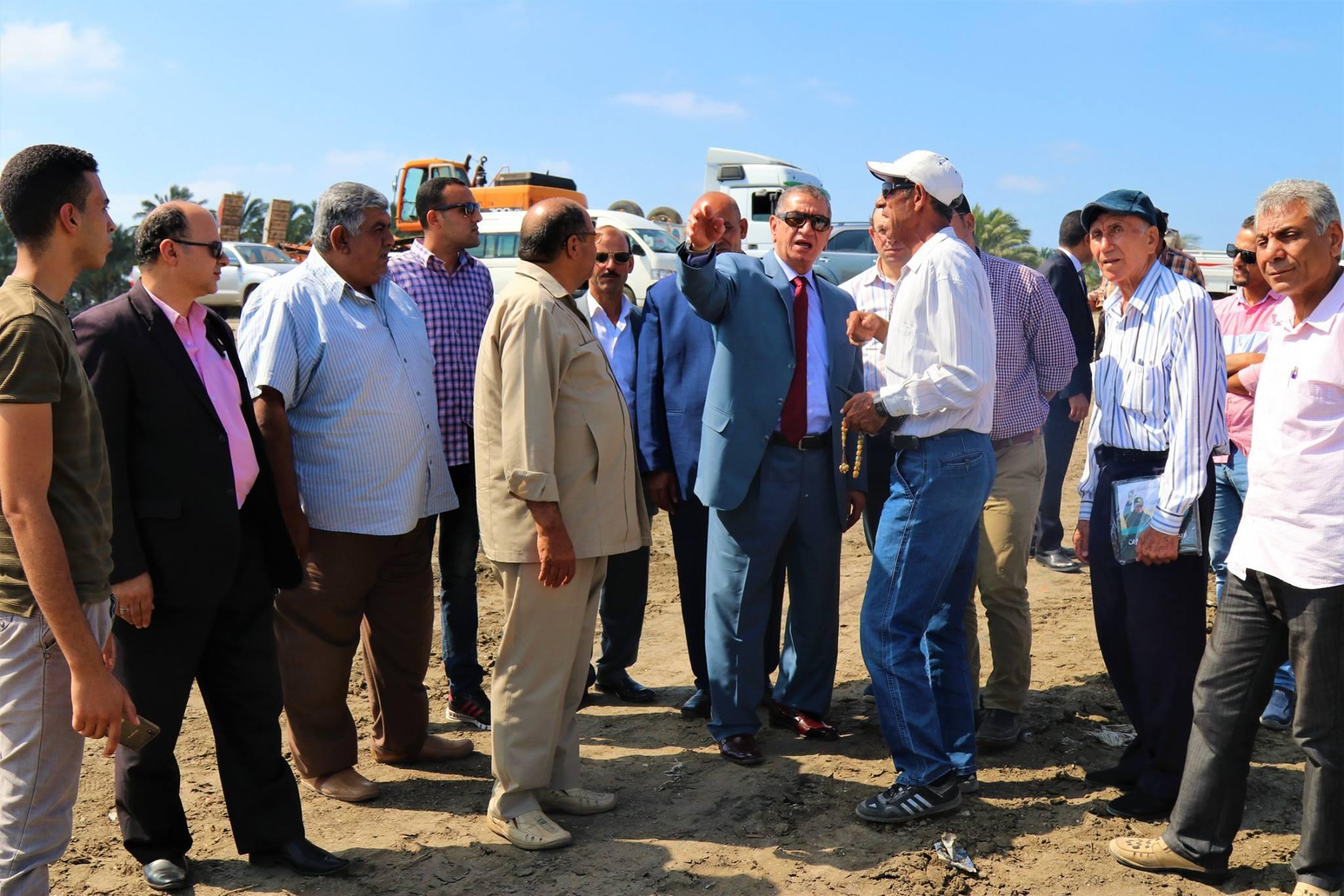 1- محافظ كفر الشيخ يتفقد مصنع الرمال السوداء استعدادا لوضع حجر الاساس