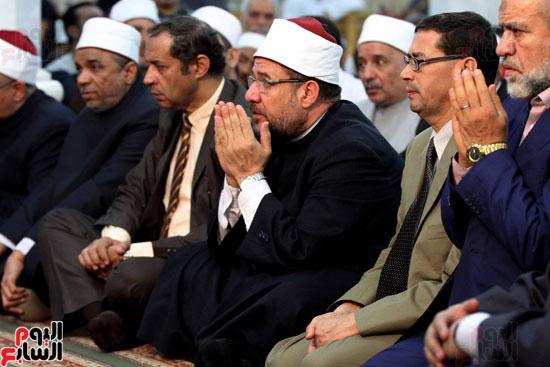 احتفال وزارة الأوقاف بفتح مكة من مسجد السيدة نفيسة (24)