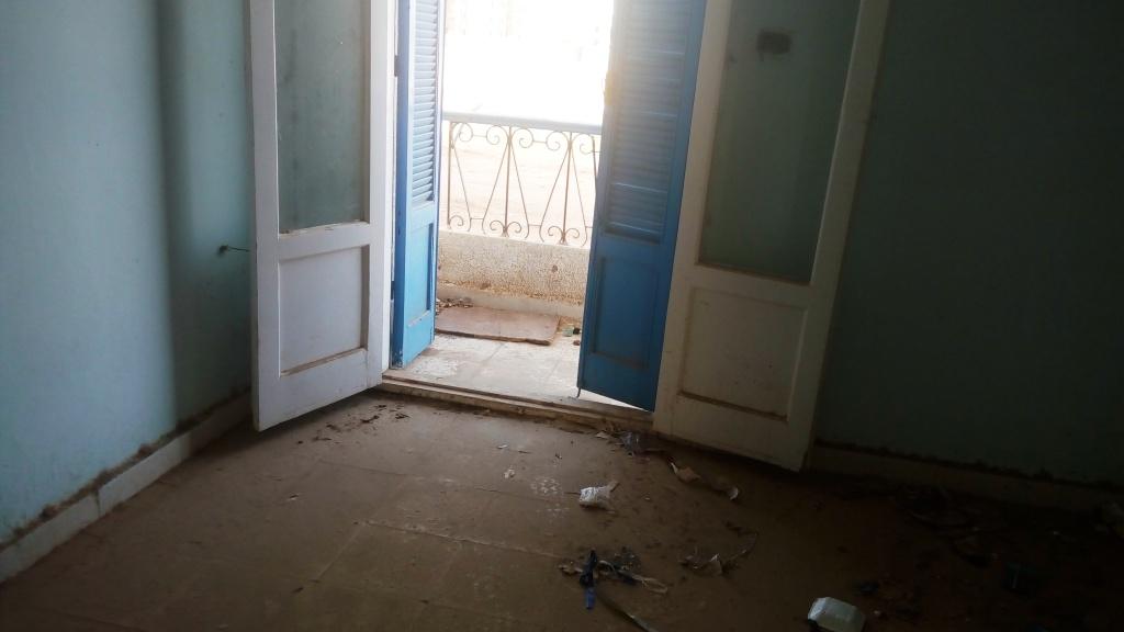 نوافذ مفتوحة بدون تأمين