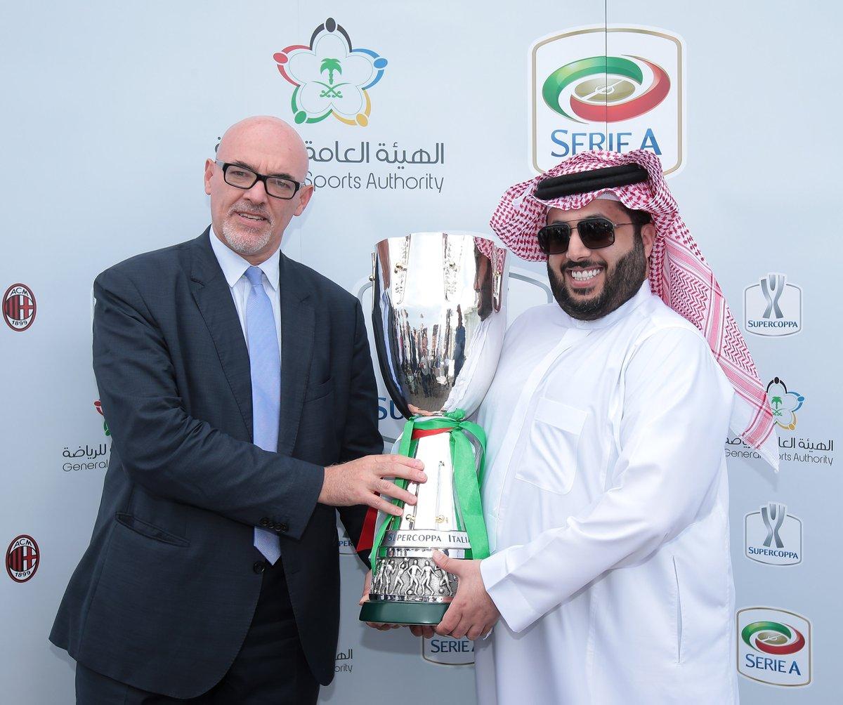 تركى آل الشيخ مع المدير التنفيذى للدوري الإيطالي