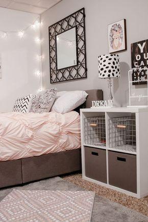 مرايا اعلى السرير