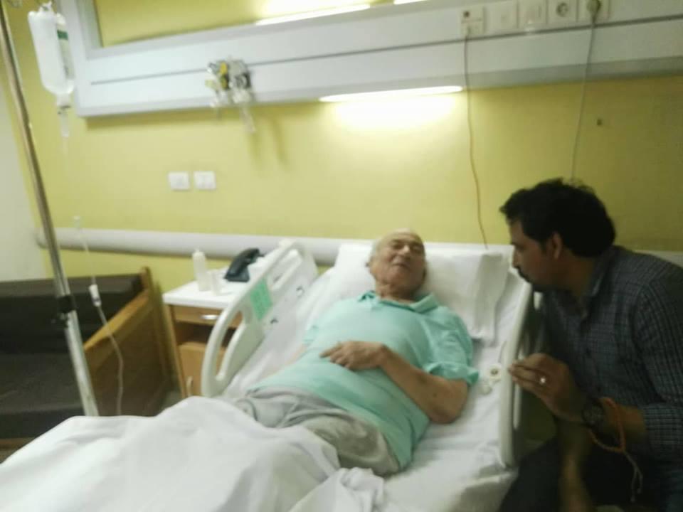 نقل الدكتوريوسف والى لمستشفى الزراعيين..وفريق طبى يعد تقريرا حول حالته  43216-يوسف-والى--فى--حضرة-مستشفى-الزراعيين-(1)