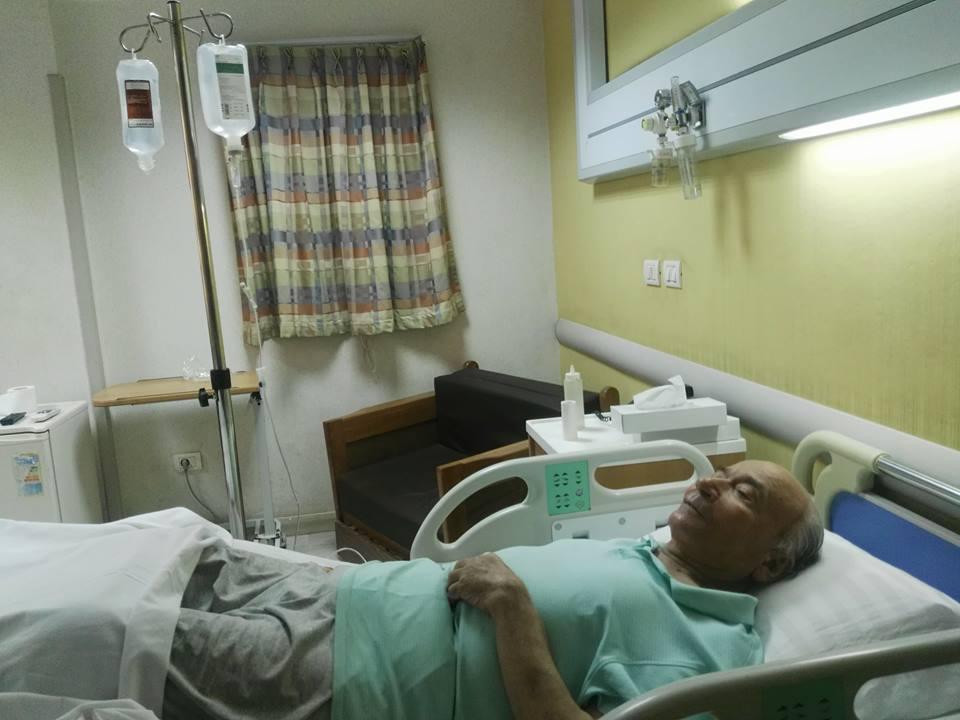 نقل الدكتوريوسف والى لمستشفى الزراعيين..وفريق طبى يعد تقريرا حول حالته  66297-يوسف-والى--فى--حضرة-مستشفى-الزراعيين-(3)