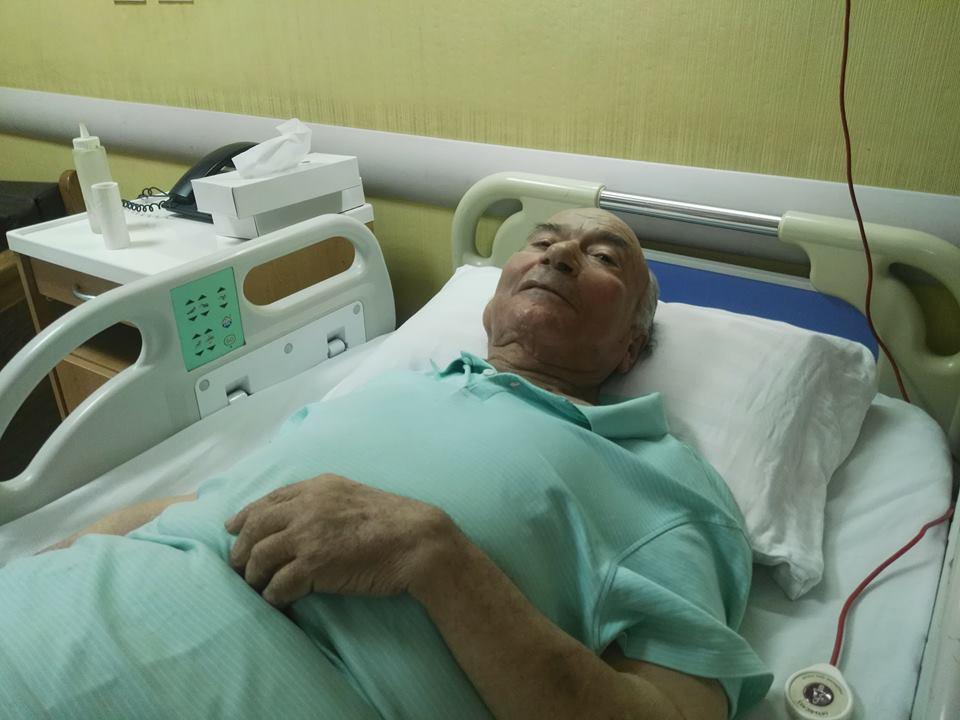 نقل الدكتوريوسف والى لمستشفى الزراعيين..وفريق طبى يعد تقريرا حول حالته  68512-يوسف-والى--فى--حضرة-مستشفى-الزراعيين-(4)