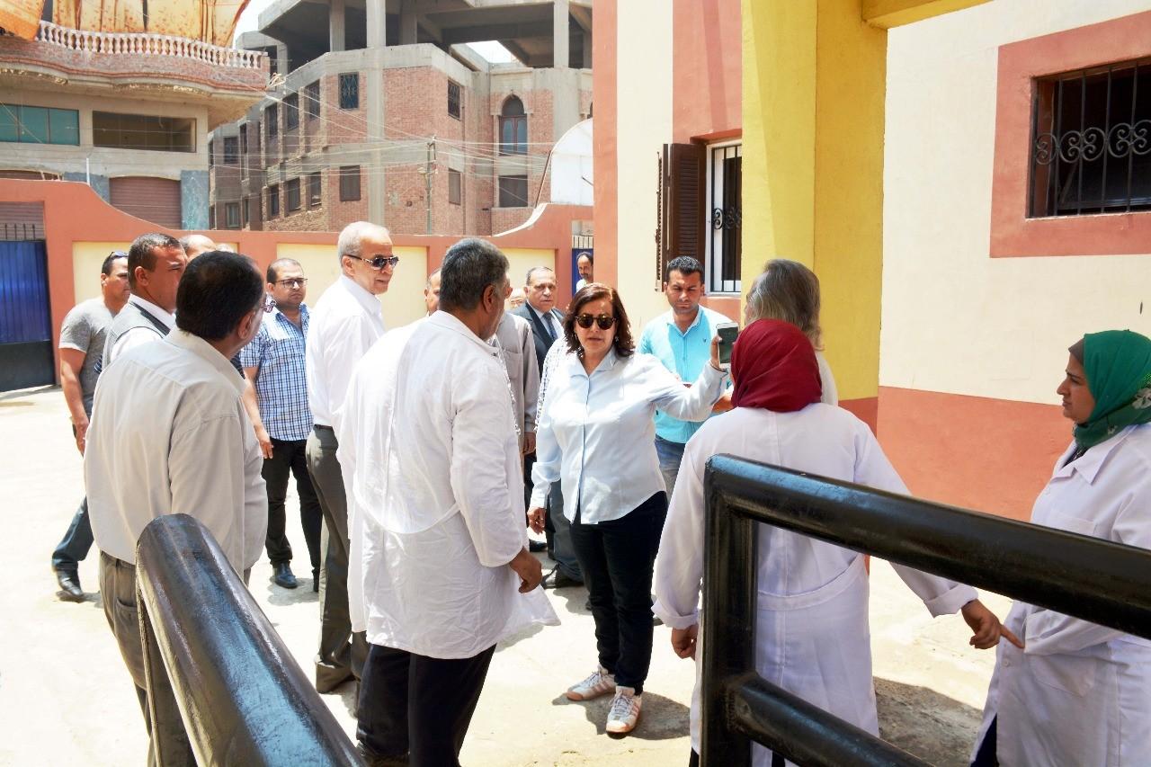 افتتاح وحدتين للطب البيطرى لخدمة 7 قرى بالقليوبية (3)