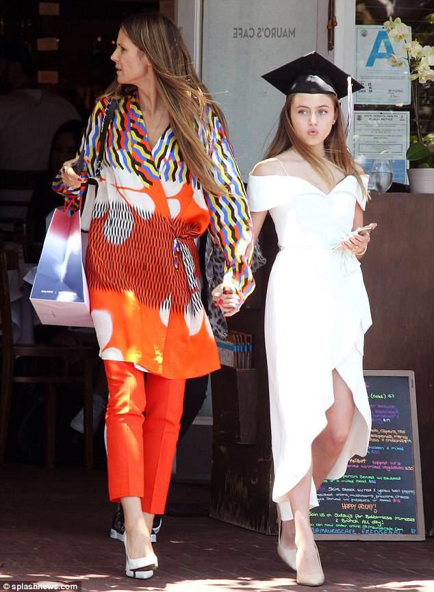 هيدي كلوم و ابنتها  (3)