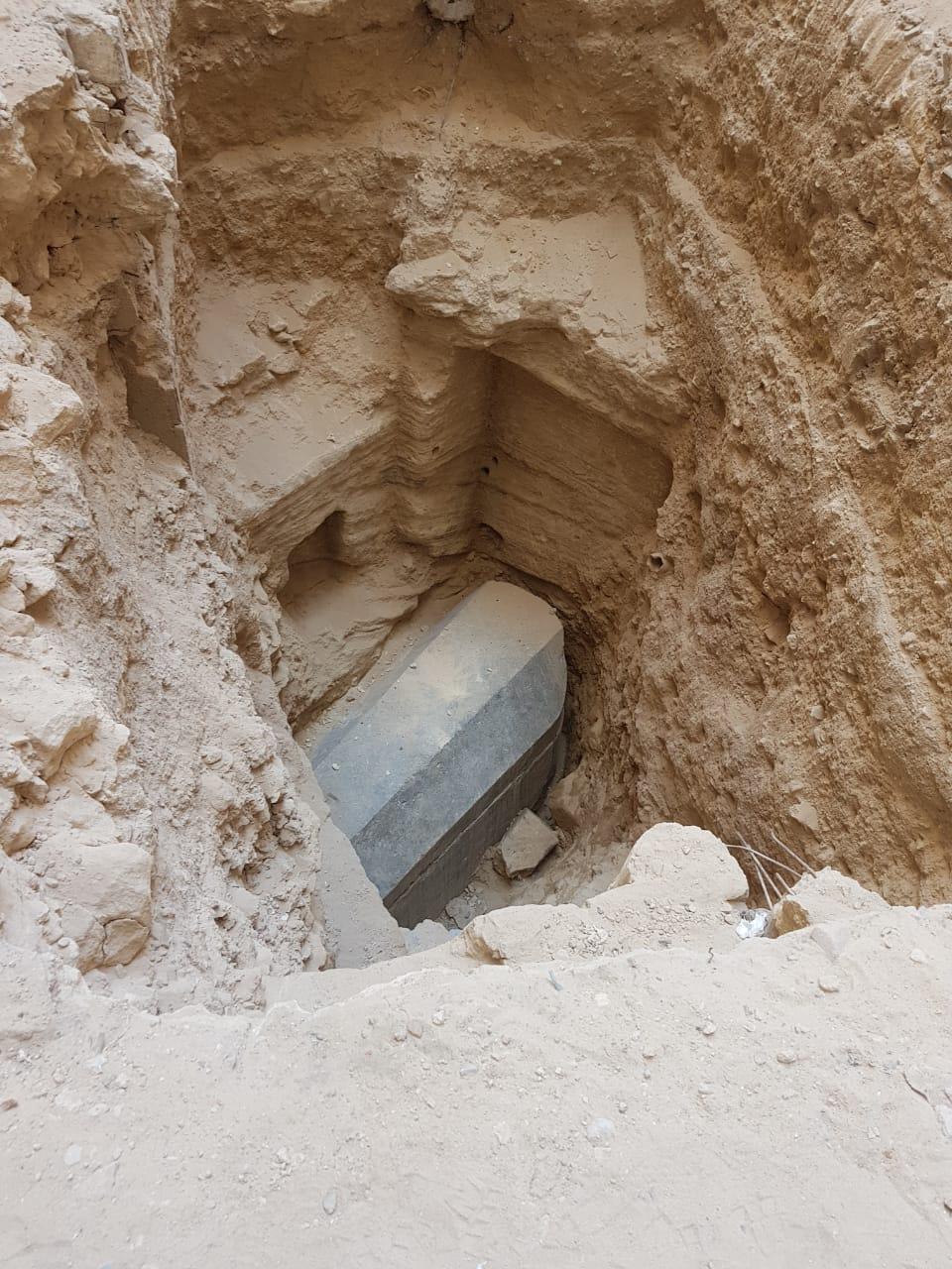 1 العثور على تابوت اسفل عقار بالاسكندرية