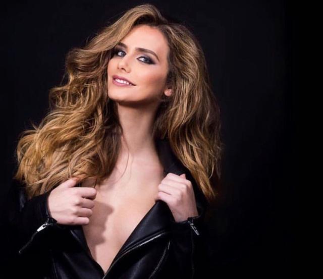 ملكة جمال اسبانيا المتحولة جنسيا (5)